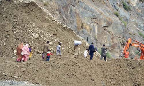 Shortage of food, clean water hits Chitral