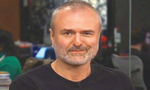 Gossip site Gawker looks to turn over a new leaf