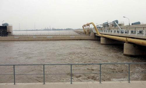 Officials get ready for super flood at Guddu next month