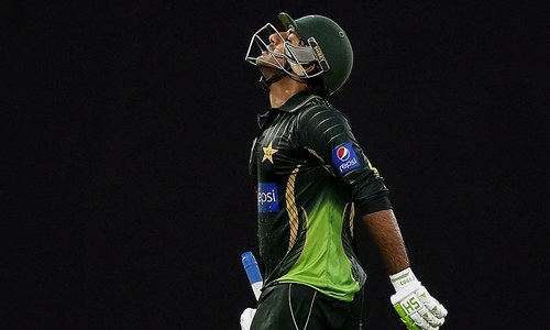 Silence best for Sarfraz, advises Rashid