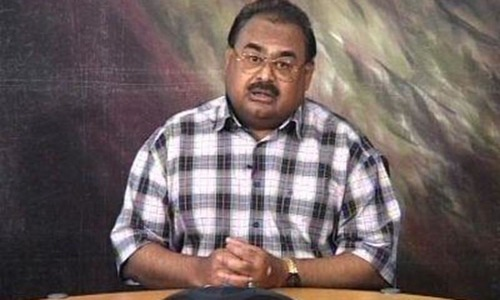 Pressure mounts for action against Altaf