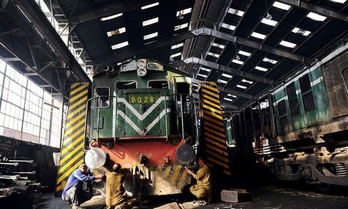 Putting railways back on track in Pakistan