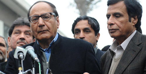 Shujaat speeds up efforts to form grand anti-govt alliance