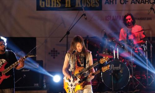 Guns `n` Roses guitarist wraps up Islamabad visit with concert
