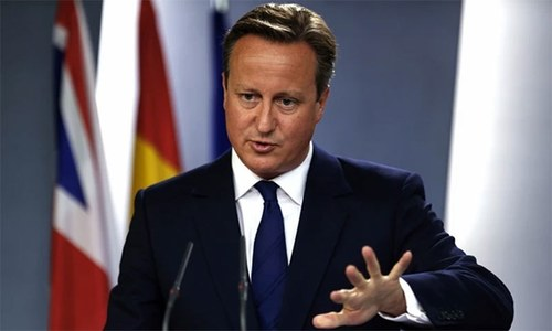 Cameron agrees to take more Syrian refugees