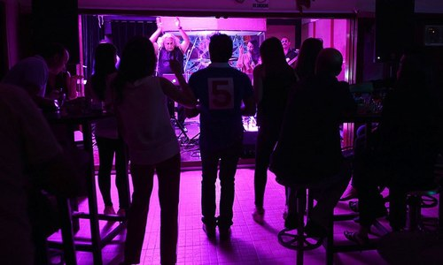 Whisky, clubs, music: Karachi's nightlife behind closed doors