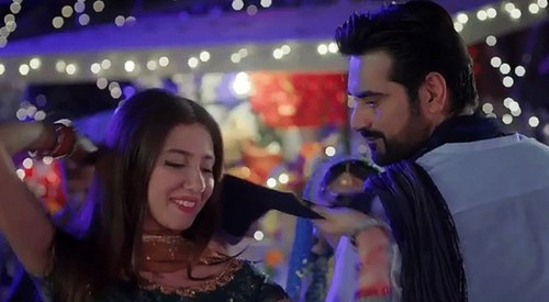 Humayun Saeed and Mahira fall flat in Bin Roye's music vids. What went wrong?