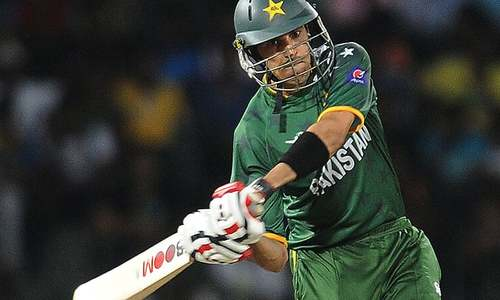 Cricket Classics: Gul turns unlikely hero with the bat