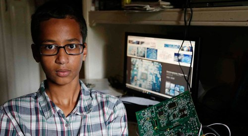 #IStandWithAhmed: How the internet stood up for a wronged Muslim student