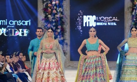Inside Day 3 of PLBW 2015: Bridal Week comes to an unimpressive end