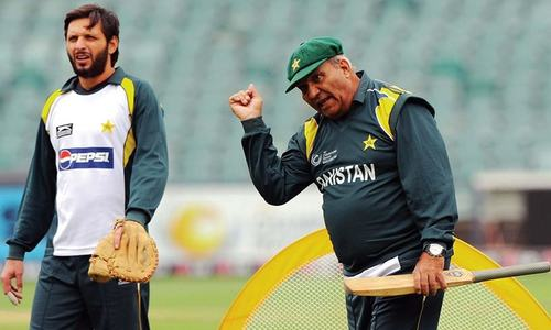 Intikhab Alam returns as Pakistan manager