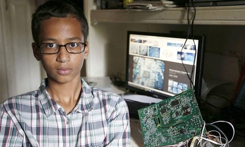 Ahmed Mohamed withdraws from US school that suspended him over clock