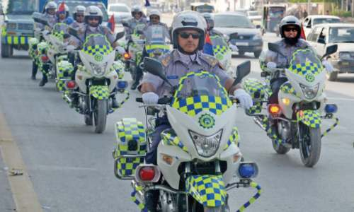 Traffic wardens deployed in more areas of Peshawar