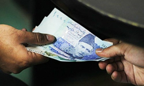 Withdrawal of banking transactions tax urged