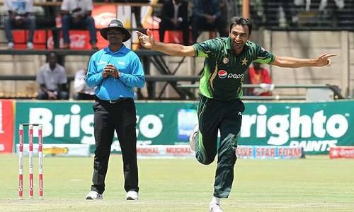 3rd ODI: Shehzad's misery ends but Pakistan in control
