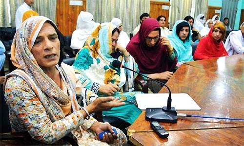Thousands of transvestites in KP live in fear, insecurity