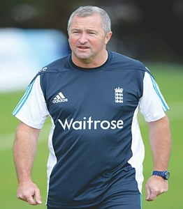 Farbrace confident of England victory in Pakistan series