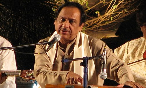 Braving Shiv Sena threat: AAP ruled Delhi invites Ghulam Ali