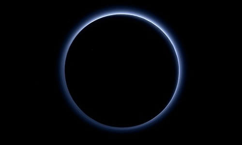 Nasa discovers blue sky and red ice on Pluto