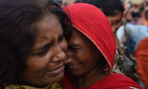 کراچی میں مٹی کا تودہ گرنے سے ہلاکتیں