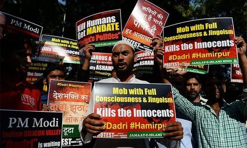 41 writers return Indian award over 'rising intolerance'