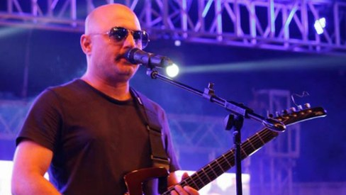 Ali Azmat sings for Randeep Hooda starrer 'Main Aur Charles'