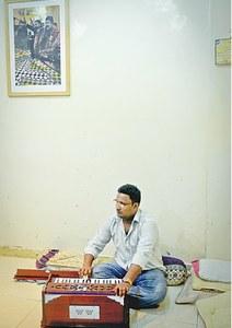 Ehtishamuddin Hussain, a 26th generation qawwal.