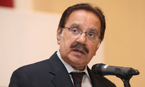 Critically ill Amin Fahim to be flown to Karachi from Dubai