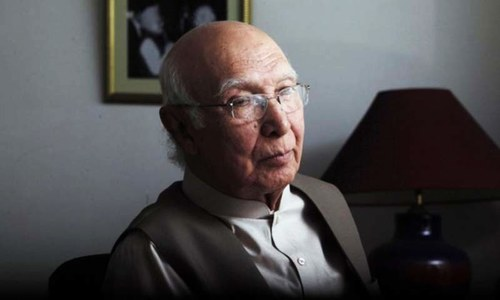 Pakistan has some influence over Taliban, but no control: Sartaj