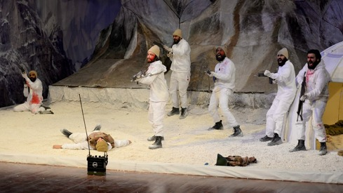 Siachen: Did Anwar Maqsood's latest script leave us dewy-eyed?