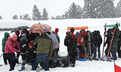 Tourists throng Malam Jabba after season's first snowfall