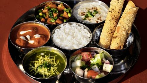The thali makes its way to Pindi