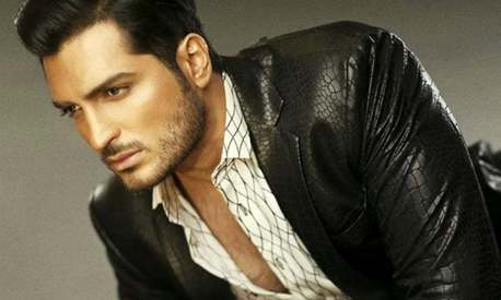 Model Omar Shehzad set to become movie star