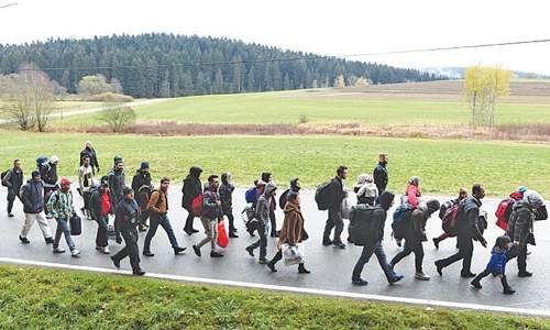 EU urged to move fast on migrant crisis