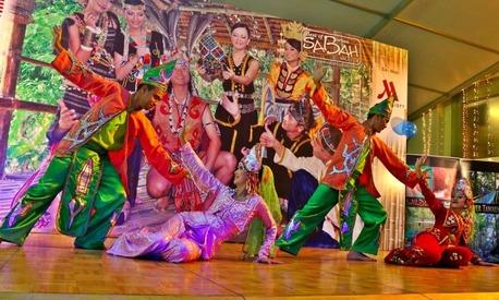 Malaysian troupe Sabah Malaysian Borneo performs in Islamabad