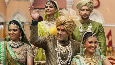 Review: In Prem Ratan Dhan Payo, it's Salman Khan all the way ‒ dipped in desi ghee