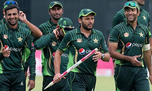 'Afridi wants Umar Akmal for England T20s'