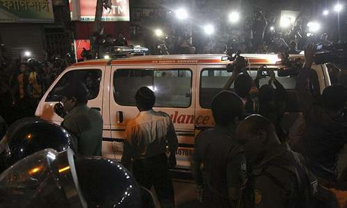Bangladesh executes 2 opposition leaders despite concerns