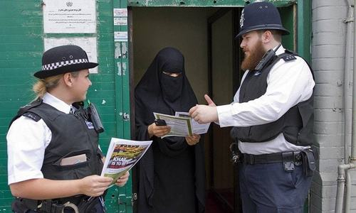 Paris attacks aftermath: UK's Muslim women bear the brunt as hate crimes jump 300pc
