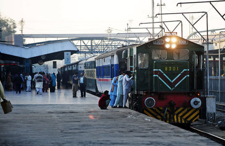 Senate body declares railways Golf Club deal shady