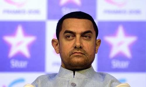 Shiv Sena announces INR100,000 reward for 'slapping Aamir Khan'