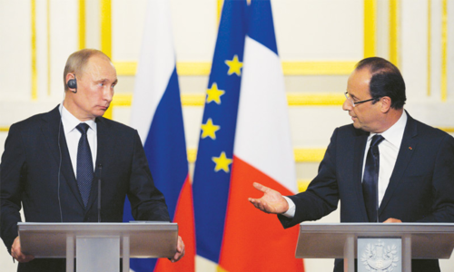 France's Hollande heads to Russia to press anti-IS coalition