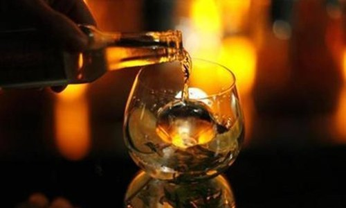 India's Bihar state announces plans to ban alcohol