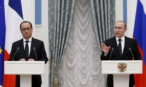 Putin, Hollande agree to coordinate on IS fight but divisions remain