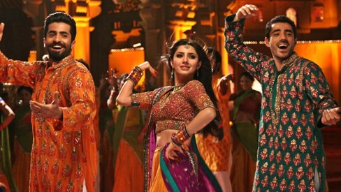 The cast of Ho Mann Jahaan shake it in this mehndi-themed music video