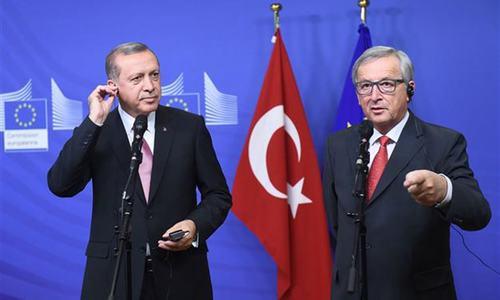 EU, Turkey strike migration deal