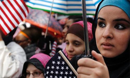 Muslim Americans fear demonisation of Islam after mass shooting