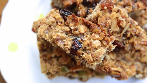 These homemade energy bars are breakfast on-the-go made easy