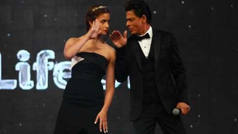 It's happening: Shah Rukh Khan to romance Alia Bhatt in upcoming film