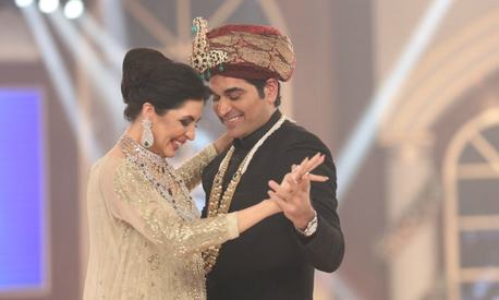 Humayun Saeed's ramp moment with Sabina Pasha made him a happy man!